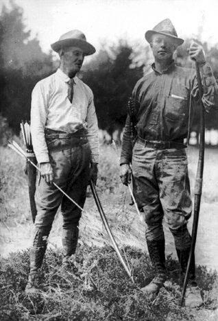 Saxton Hope - ojciec polowania z łukiem
