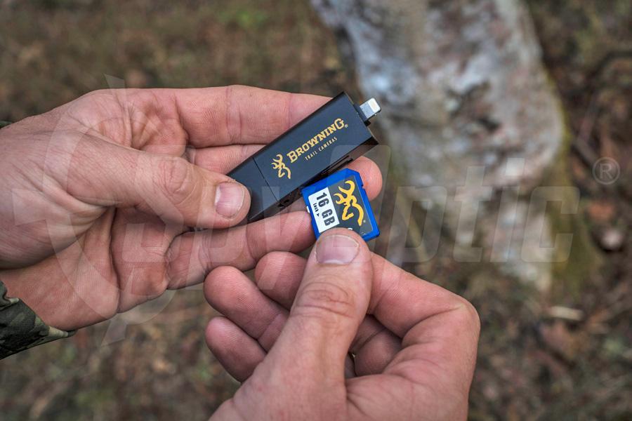 Czytnik kart do kamer leśnych Browning