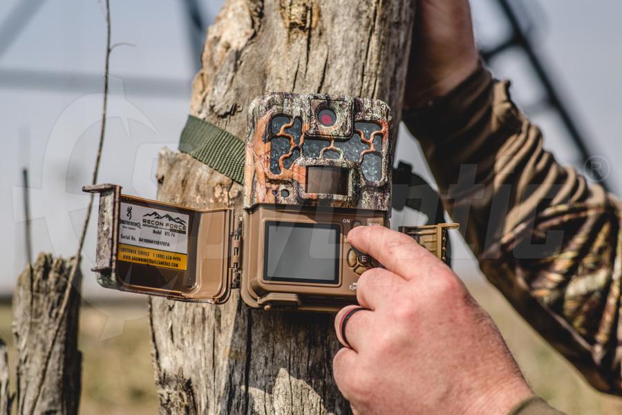 Fotopułapka Browning Recon Force do filmów 4K