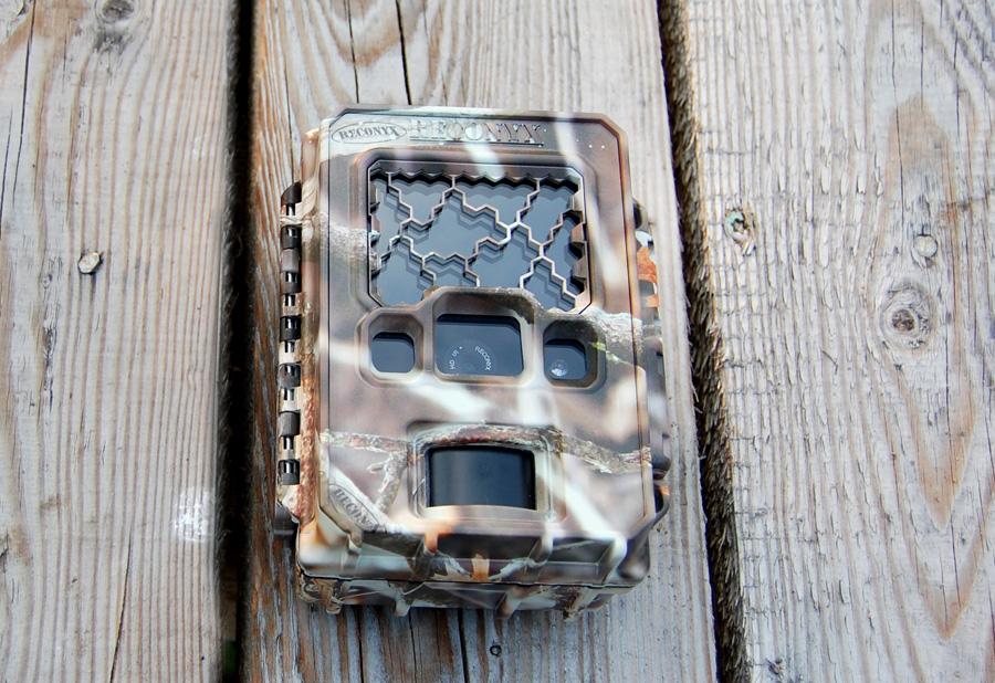 Wytrzymała kamera do lasu Reconyx PC900 Hyperfire Professional
