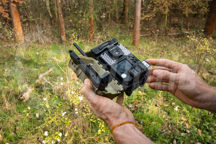 Fotopułapka kamera SpyPoint Link-S z modułem GSM