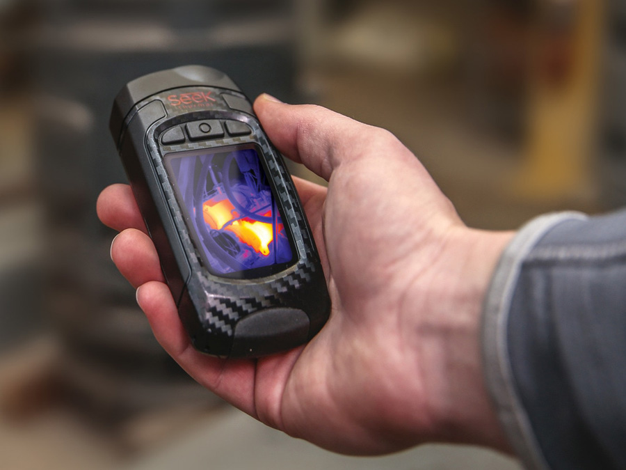 Kamera termowizyjna Seek Thermal Reveal do pomiaru temperatur